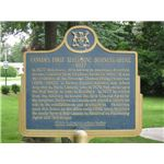 800px-Alexander Graham Bell in Brantford, Ontario, Canada -plaque commemorating Canada's first telephone company office, established in Brantford, Ontario, 1877