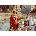 Sagan and the Viking Lander. Credit: NASA.
