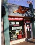 450px-Klutz Press retail store, Palo Alto 1-15-09