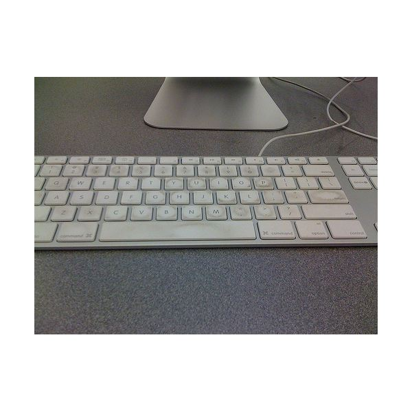 how to clean my mac keyboard. Black Bedroom Furniture Sets. Home Design Ideas