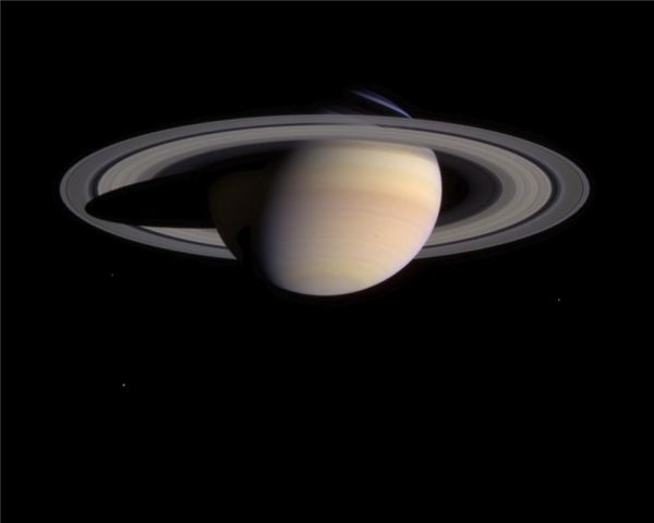 Regal Saturn - The Ringed Planet