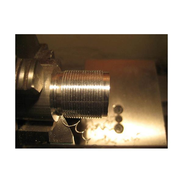 Thread Cutting Lathe