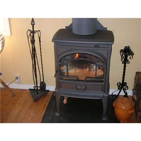 Woodstove from Wiki Commons by Thomaswm Wood Stove from Wiki Commons by  Notwist Wood used ... - Wood Stove Repair And Maintenance Tips