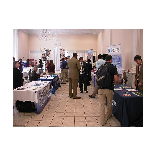 job fair ideas for hiring managers  how to attract the
