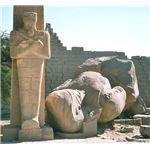644px-Egypt.Ramesseum.01