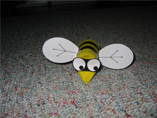 Buzzy Bee Puppet