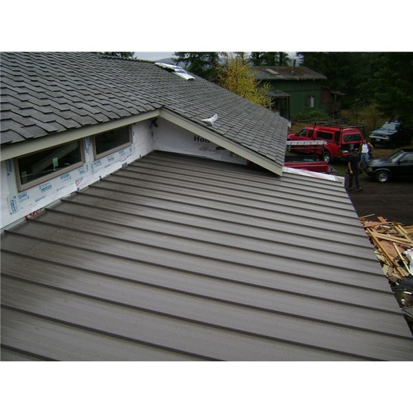 Advantages of metal roofing for residential use for Roofing material options
