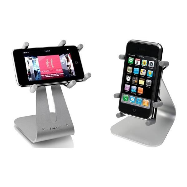 best iphone docking station for movies. Black Bedroom Furniture Sets. Home Design Ideas