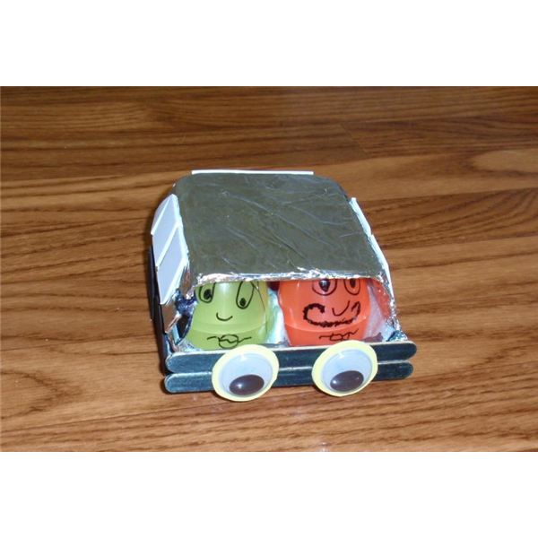 Preschool crafts on cars to teach kids about street safety for Car craft for kids