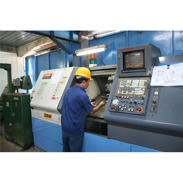 what is a cnc machine operator
