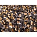 A crowd of college students at the 2007 Pittsburgh University Commencement by Kit/Wikimedia Commons (CC)