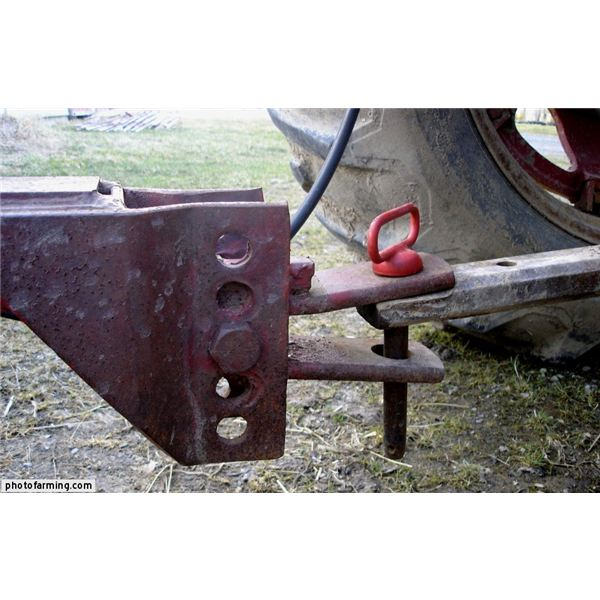 Tractor Draw Bar : Use of compact tractors