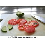 sliced-tomatoes ~k0774221