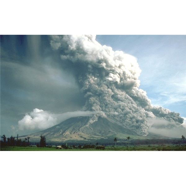Explore the philippines famous landforms a showcase of pyroclastic flows at mayon volcano sciox Image collections
