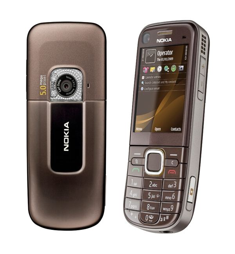 Nokia 6720 Frontside and Backside