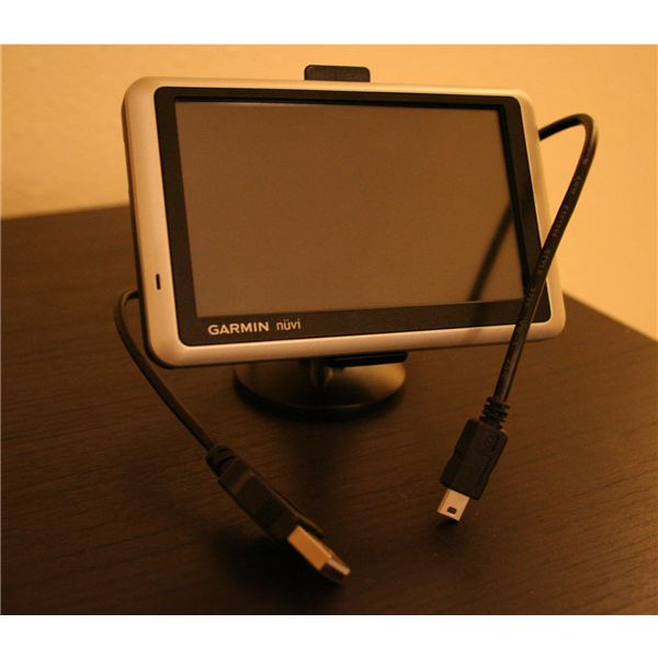 Garmin Nuvi GPS with USB Cable