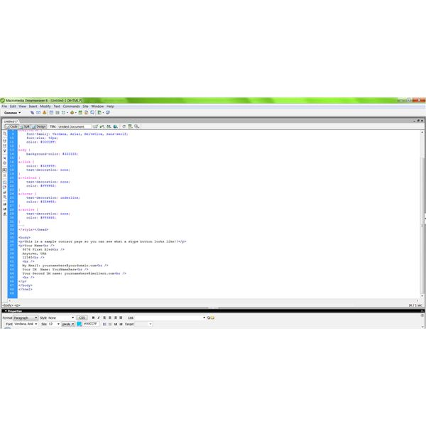 Viewing the HTML code in Macromedia Dreamweaver 8