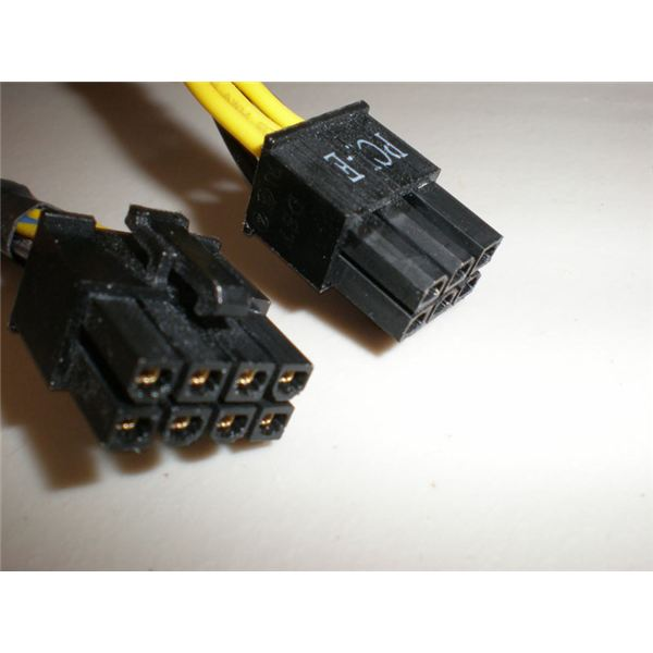 8 Pin And 6 Pin PCI Express Connections