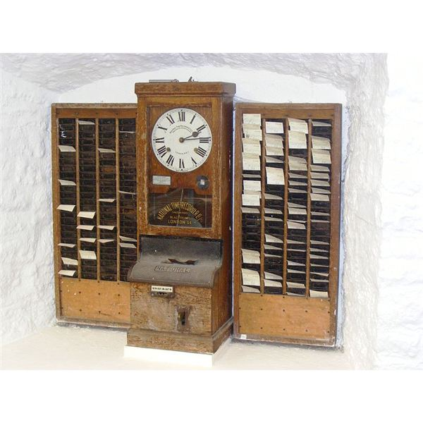800px-Time clock at wookey hole cave museum