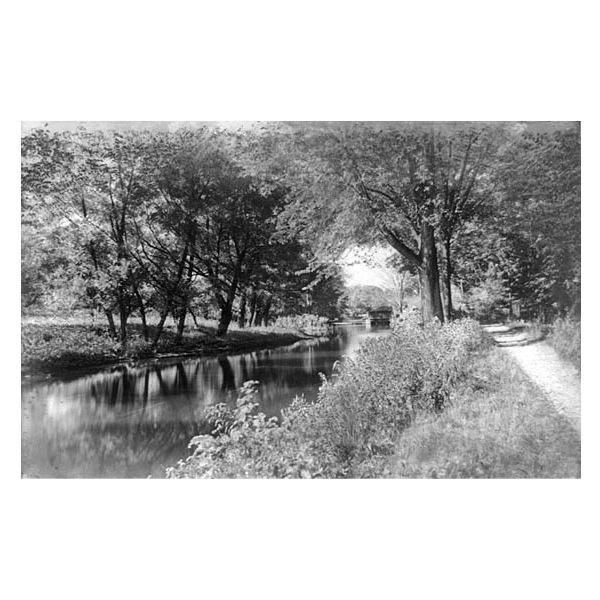 The Erie Canal in 1903, courtesy of the Library of Congress.