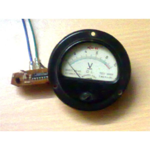 Th Built Prototype Circuit of Room Temperature Sensor with 0 to 10V Output, Image