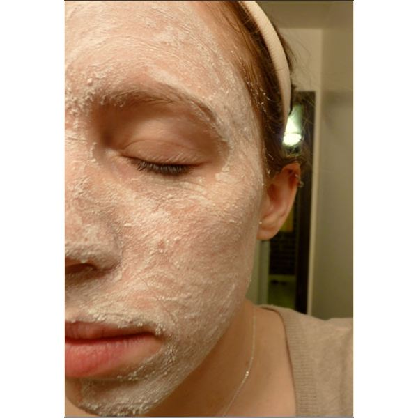Author tries a baking soda masque - and loves it!
