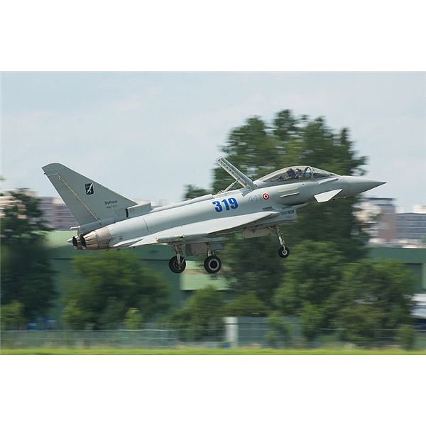 Wiki Commons Eurofighter Dogfights - Landing Typhoon