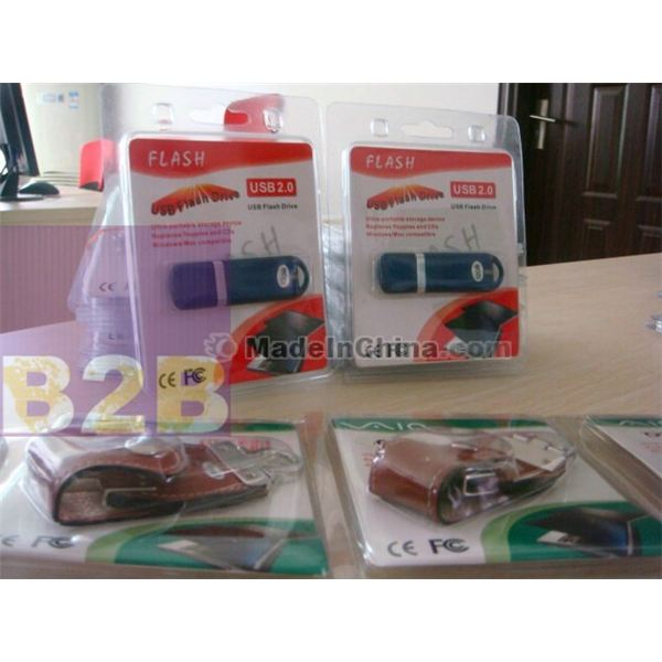 non brand USB flash drives with stickers to show GB size