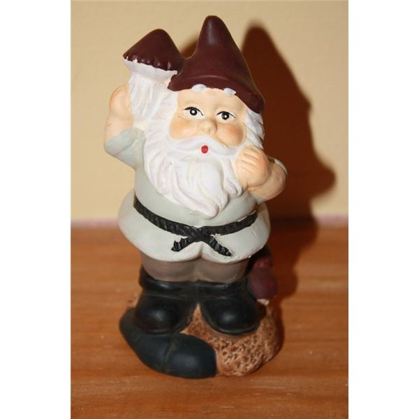 Geocaching Containers: Gnome