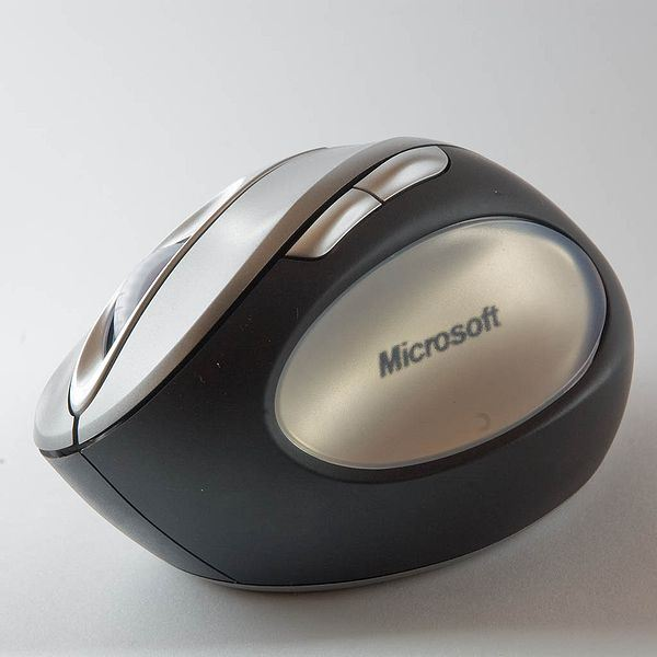 How to Troubleshoot a Microsoft Wireless Mouse: Blinking Red Light