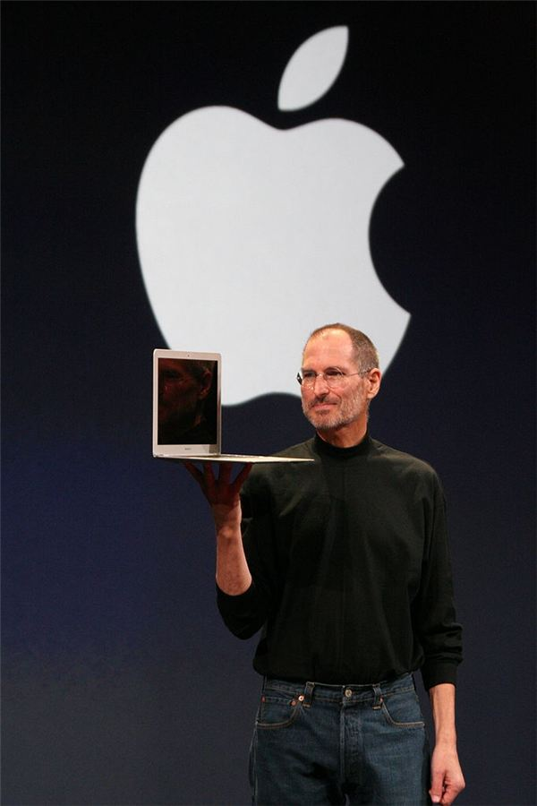 5. MacBook Air - It Fits in an Envelope!
