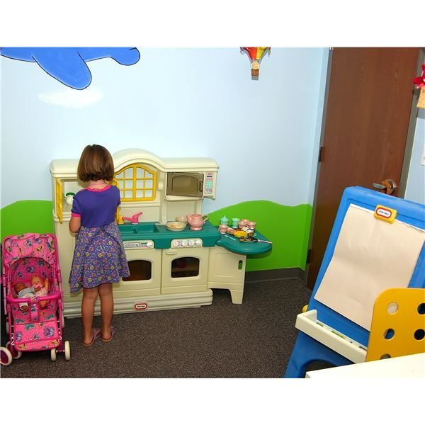 Toddler Classroom Decorations ~ How to set up preschool learning centers in your classroom