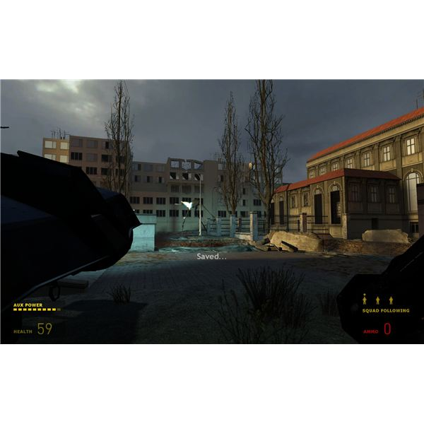 Half-Life 2 - These Striders in the Courtyard Will Rip You Apart in Minutes