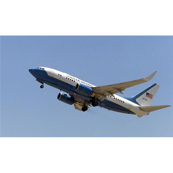 C-40 Aircraft History:  Creation of the Boeing 737, the Clipper