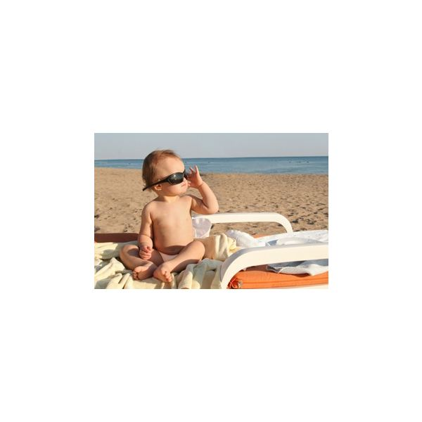 Capture Precious Moments with Babies and Toddlers Beach Photography