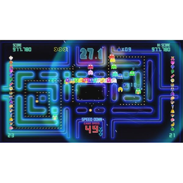 Pac-Man CE DX is crazy hectic and makes for a great gameplay experience.