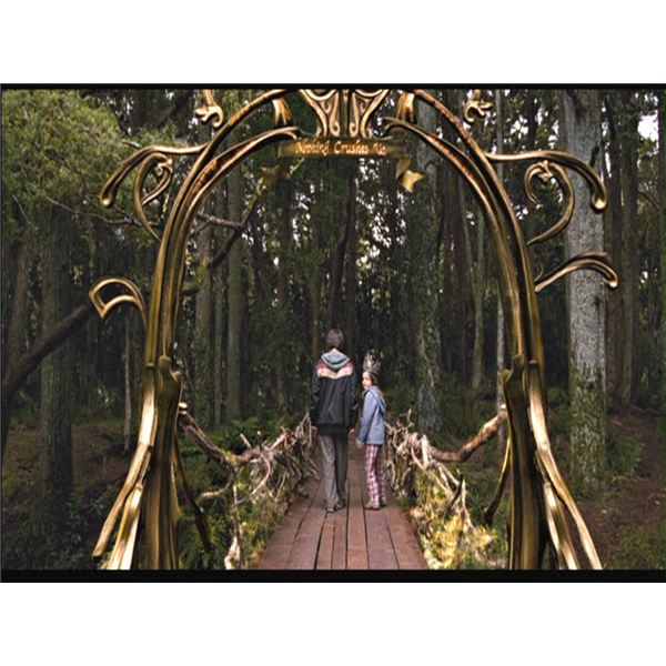 "Create a Magazine of ""Bridge to Terabithia"": Lesson for 4th or 5th Grade"