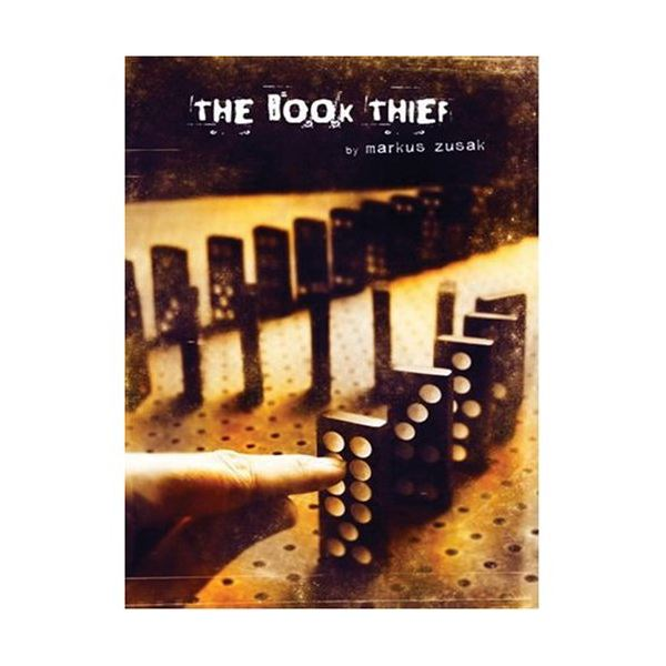 Book Thief by Markus Zusak - an example of a book printed in large type