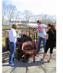 450px-Composting together