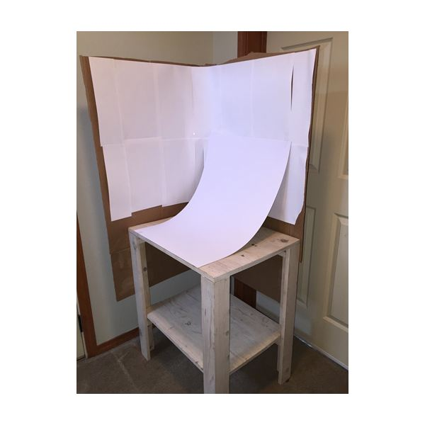 Light Box with Table