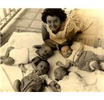 713px-PikiWiki Israel 12646 Kibbutz infants