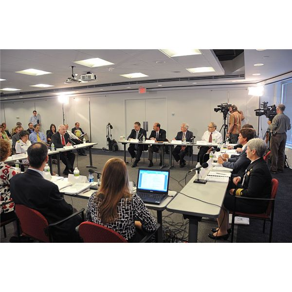 800px-FEMA - 45047 - FEMA Administrator W. Craig Fugate at the National Commission on Children and Disasters meeting in District of Columbia