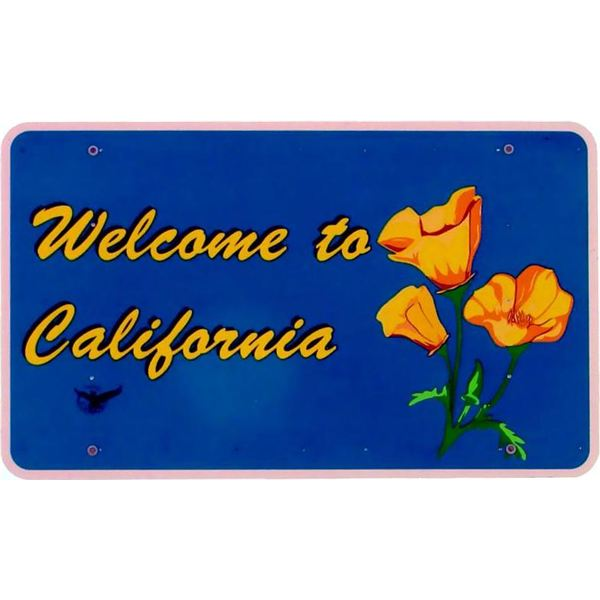California Welcome Sign by Tobias Müller/Wikimedia Commons