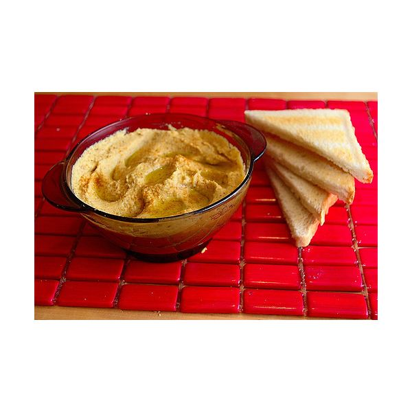 How Many Calories in Hummus?