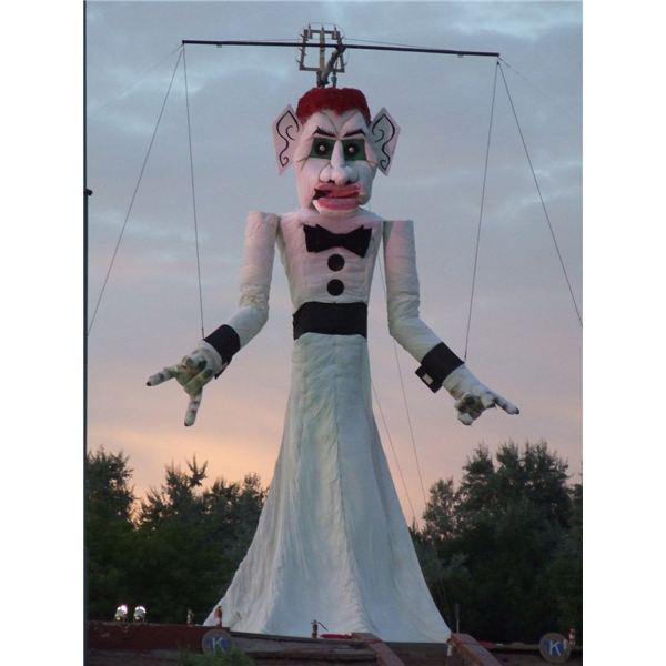 Zozobra at Dusk