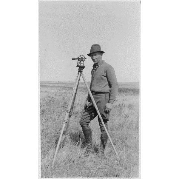 lossy-page1-346px-The Surveyor - NARA - 283819.tif