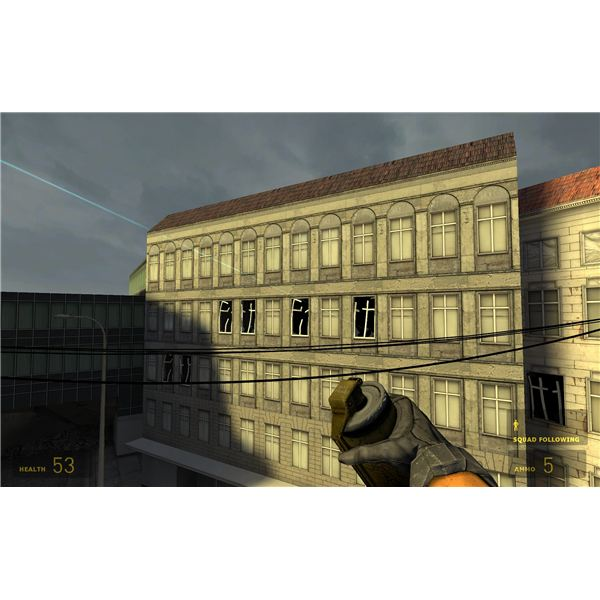Half-Life 2 - An Easy Throw If You Manage to Not Get Shot