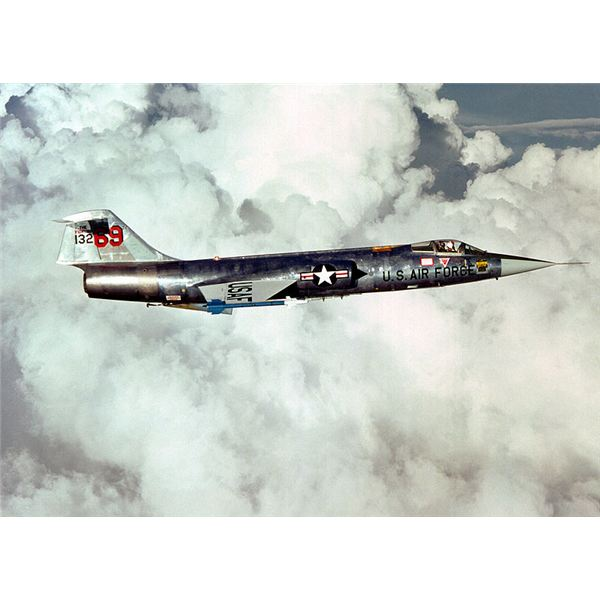 F-104 right side view