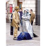 450px-2006-November-20 living statues
