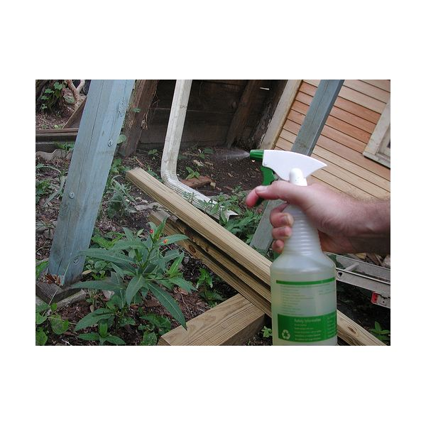 reusing spray containers